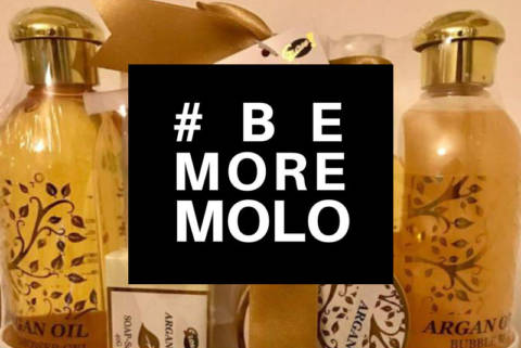 #BeMoreMOLO – A Mother's Day Act of Kindness