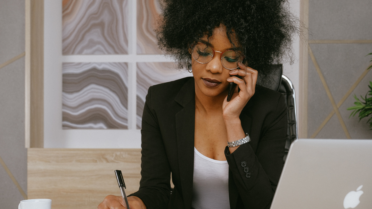 4 Things Every Working Mom Should Do for Herself